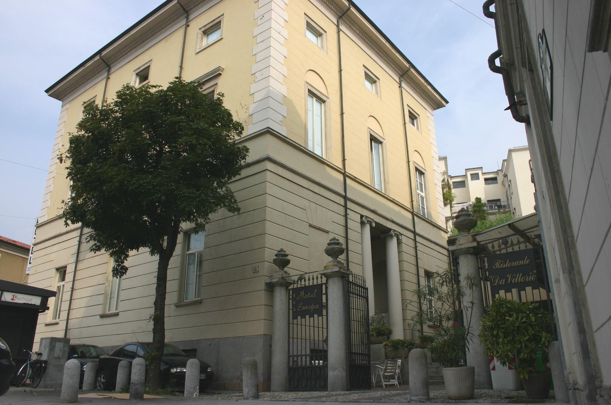 Ascomvillage hotel europa piazza beccaria 1 varese for Piazza beccaria